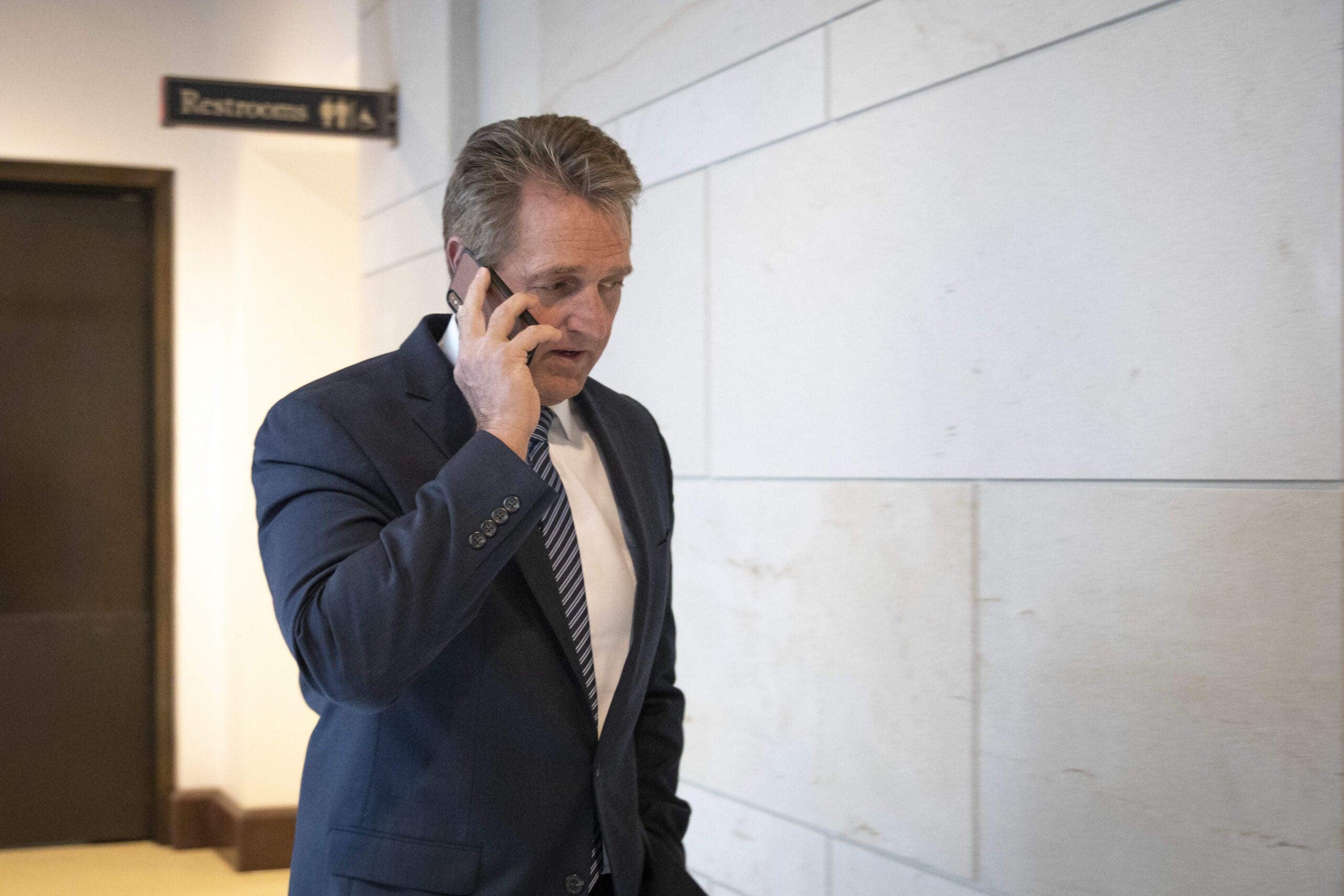 """""""A bullshit investigation"""": Democrats say FBI probe is a Republican sham"""