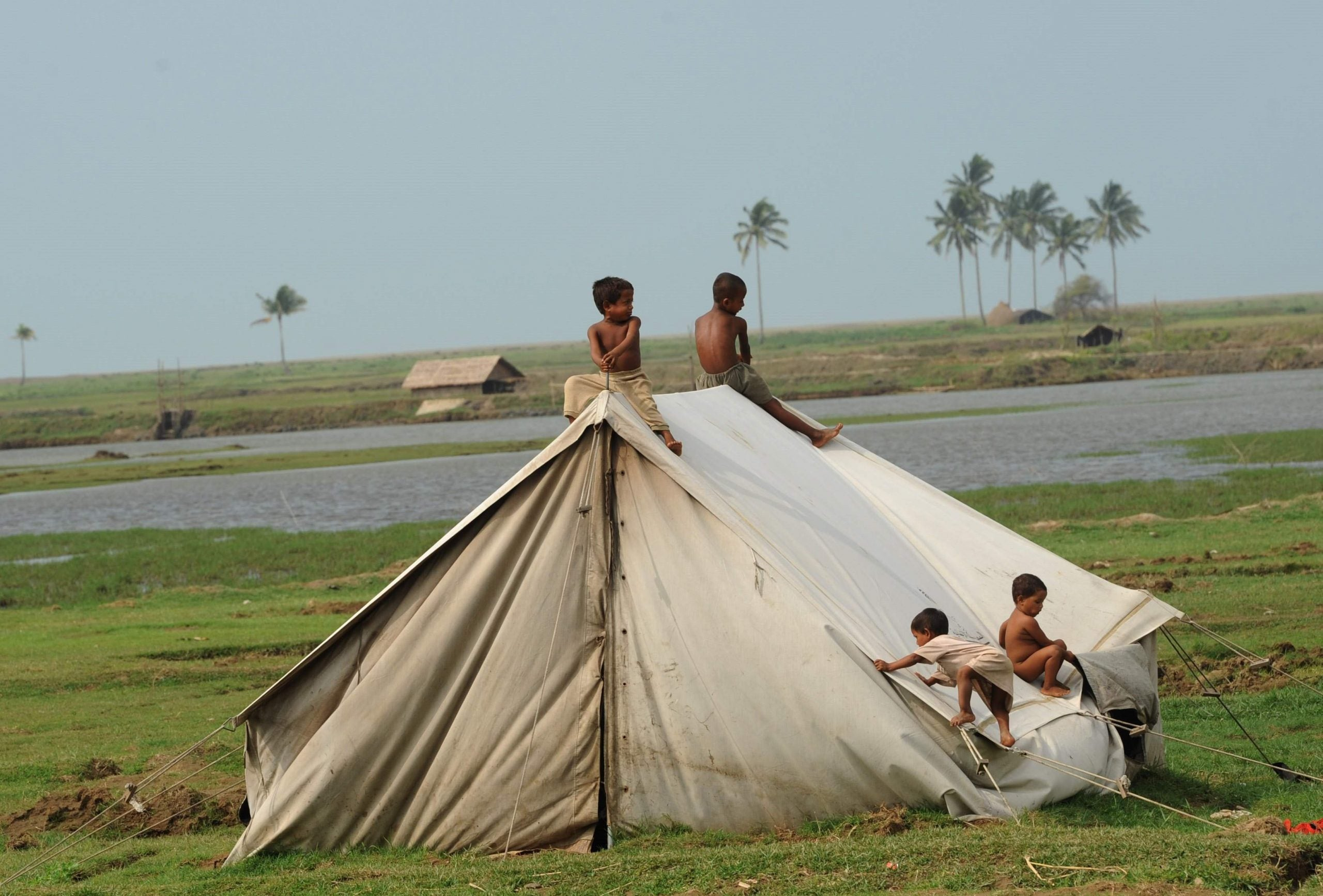 """The Rohingya crisis in Burma has become """"a protracted, squalid, stateless status-quo"""""""