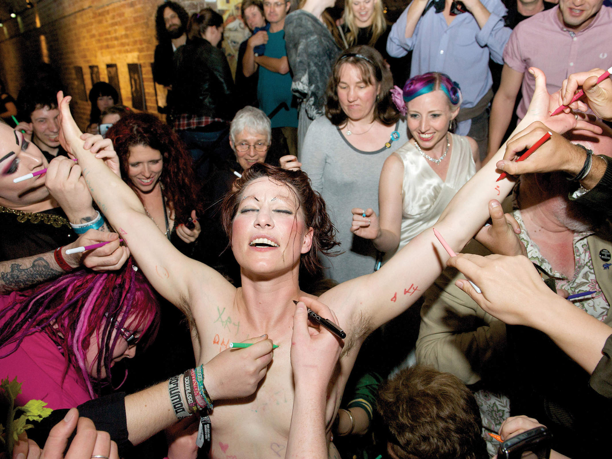 Amanda Palmer: How to drink with your fans
