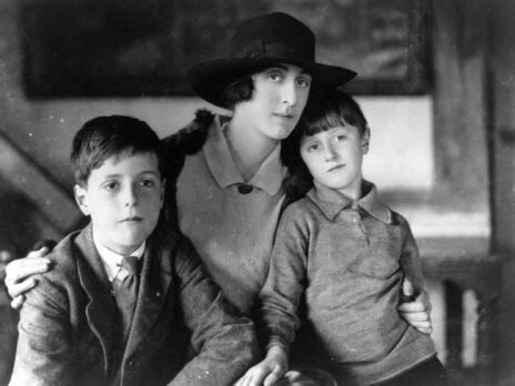 Between desire and dynasty: the dual identity of Vita Sackville-West