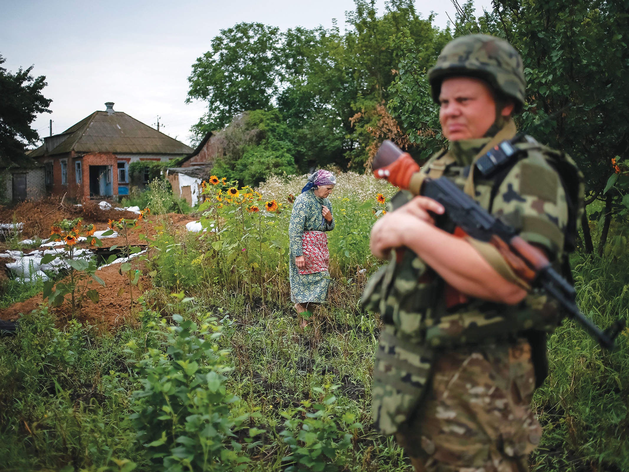 Meet the ordinary Ukrainians arming the country against Russian separatists