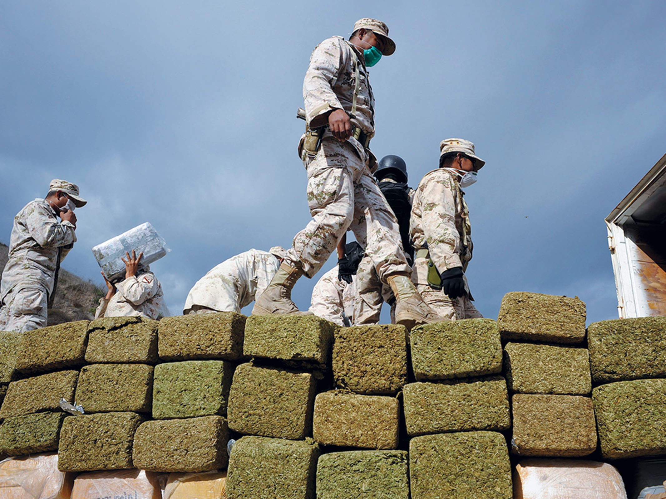 How to beat the dealer: two different approaches to the war on drugs
