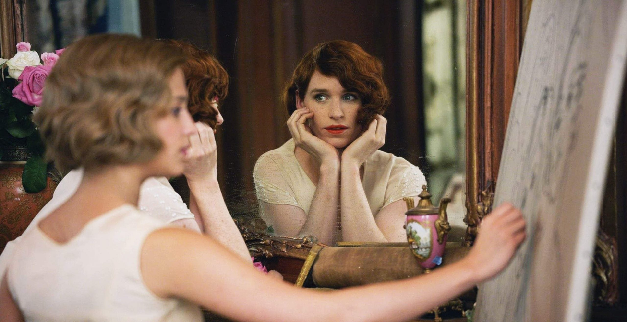 In The Danish Girl, Eddie Redmayne plays Lili Elbe with only one facial expression