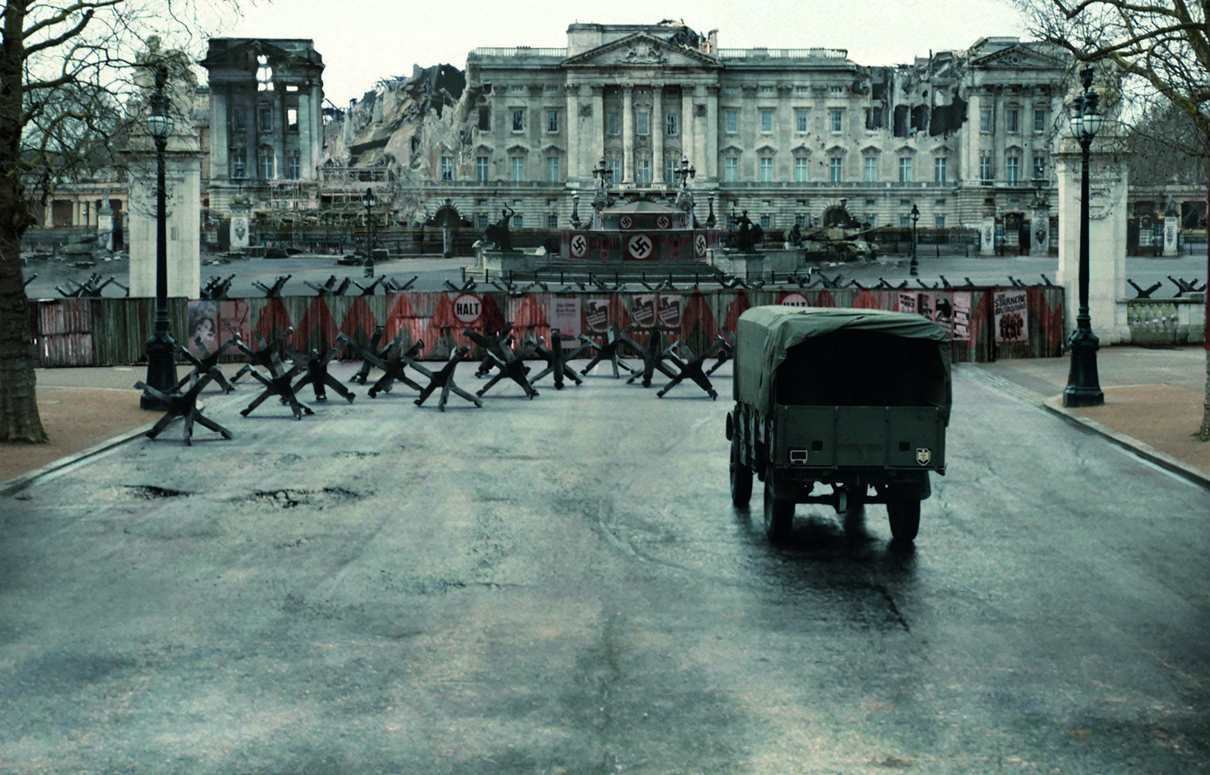 Why thriller writers love to imagine Britain being invaded by Nazis