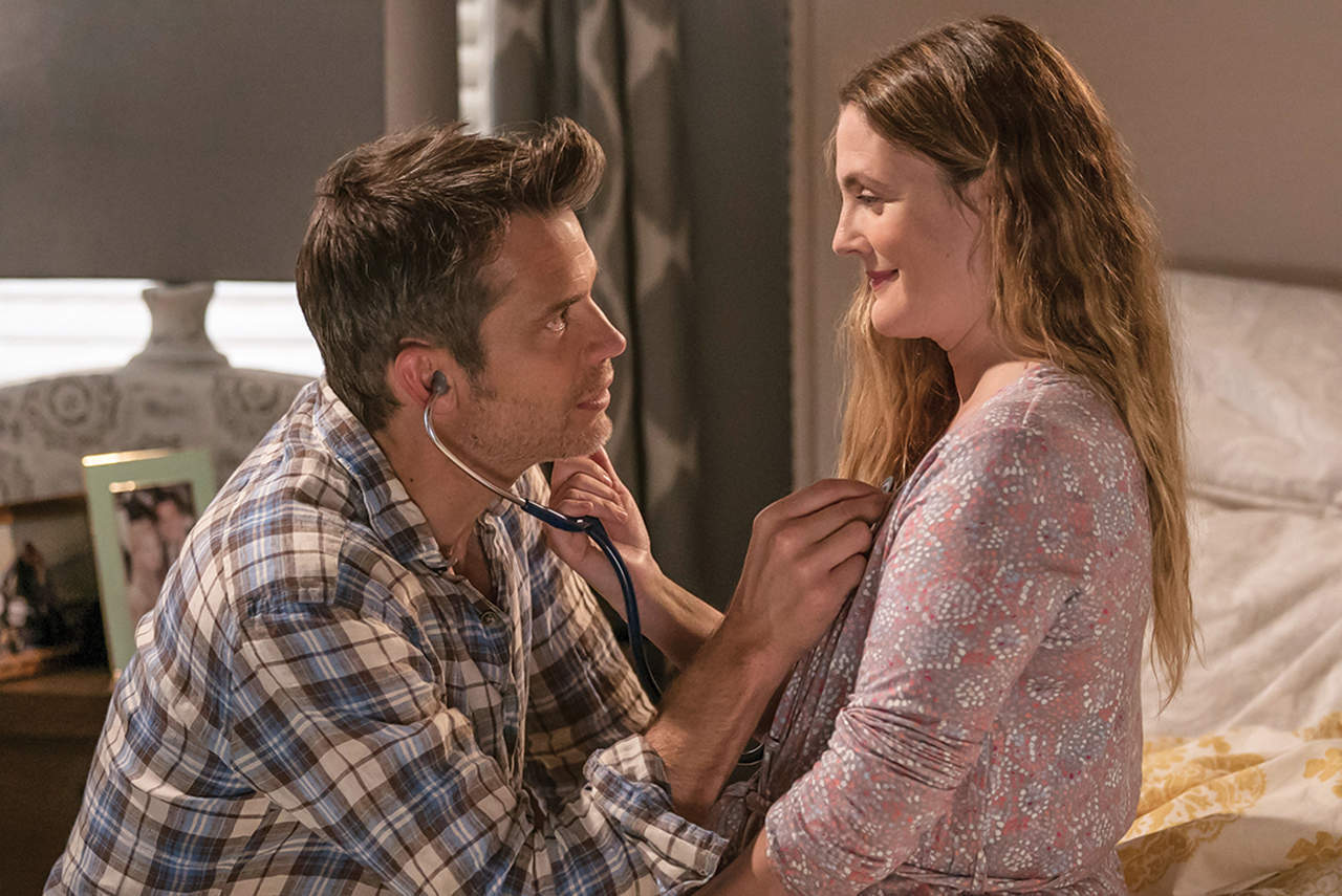 Even Drew Barrymore can't save the unfunny, tone-deaf Santa Clarita Diet
