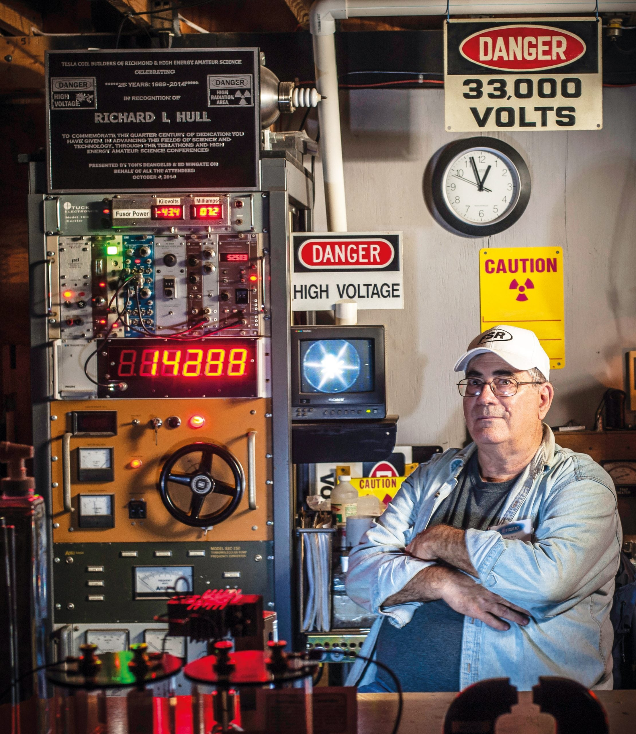 The amateur scientists tackling the global energy crisis