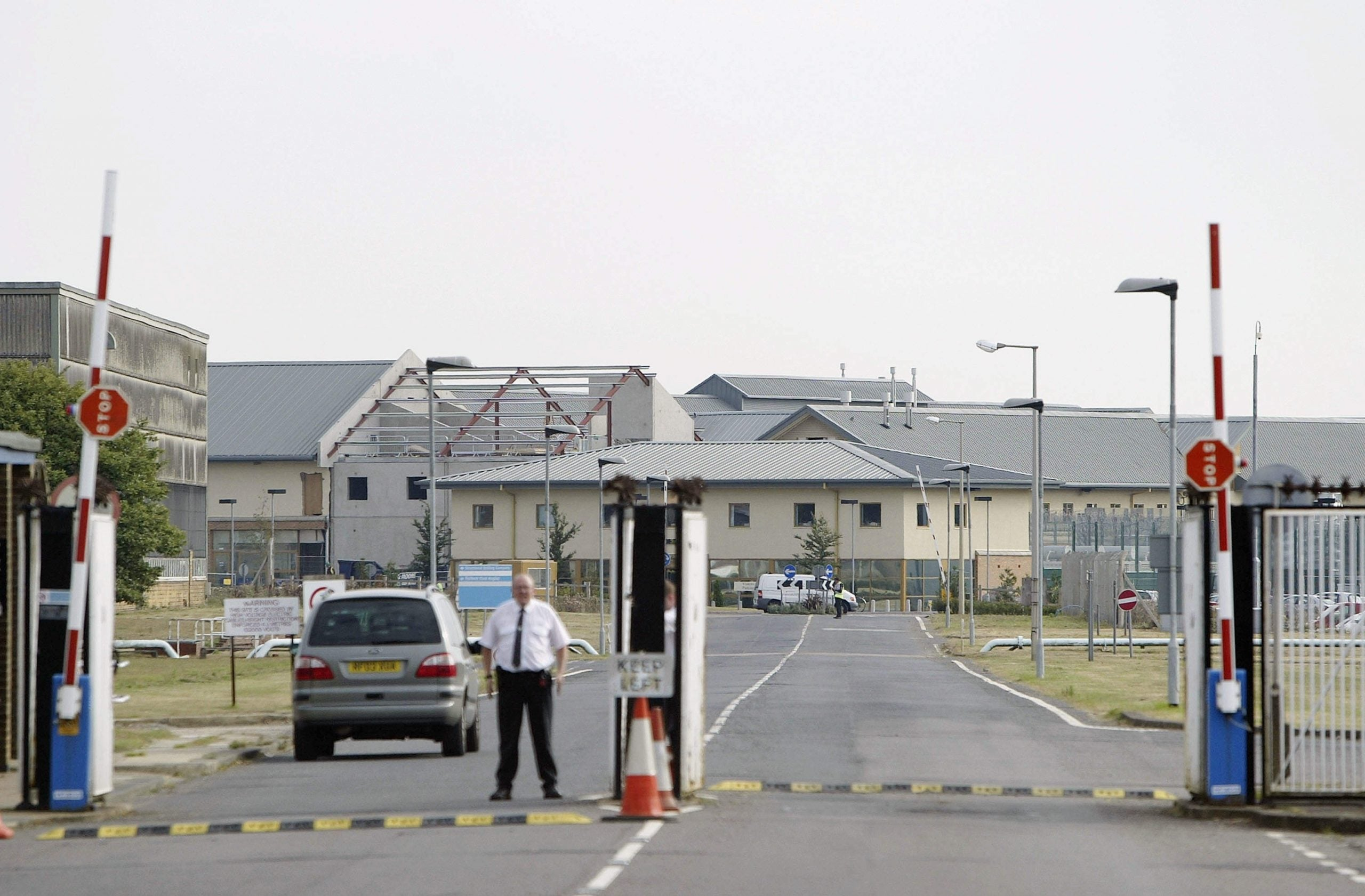 Why are pregnant women being detained in Yarl's Wood?