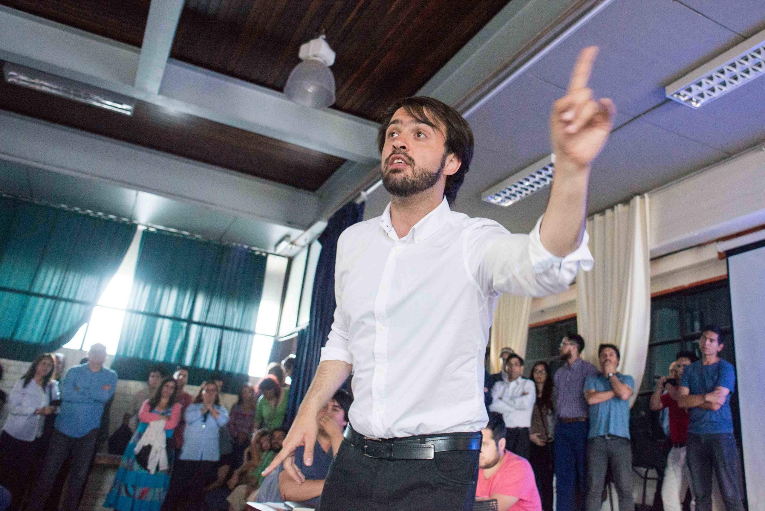 Meet Jorge Sharp, the rising star of Chile's left who beat right-wingers to running its second city