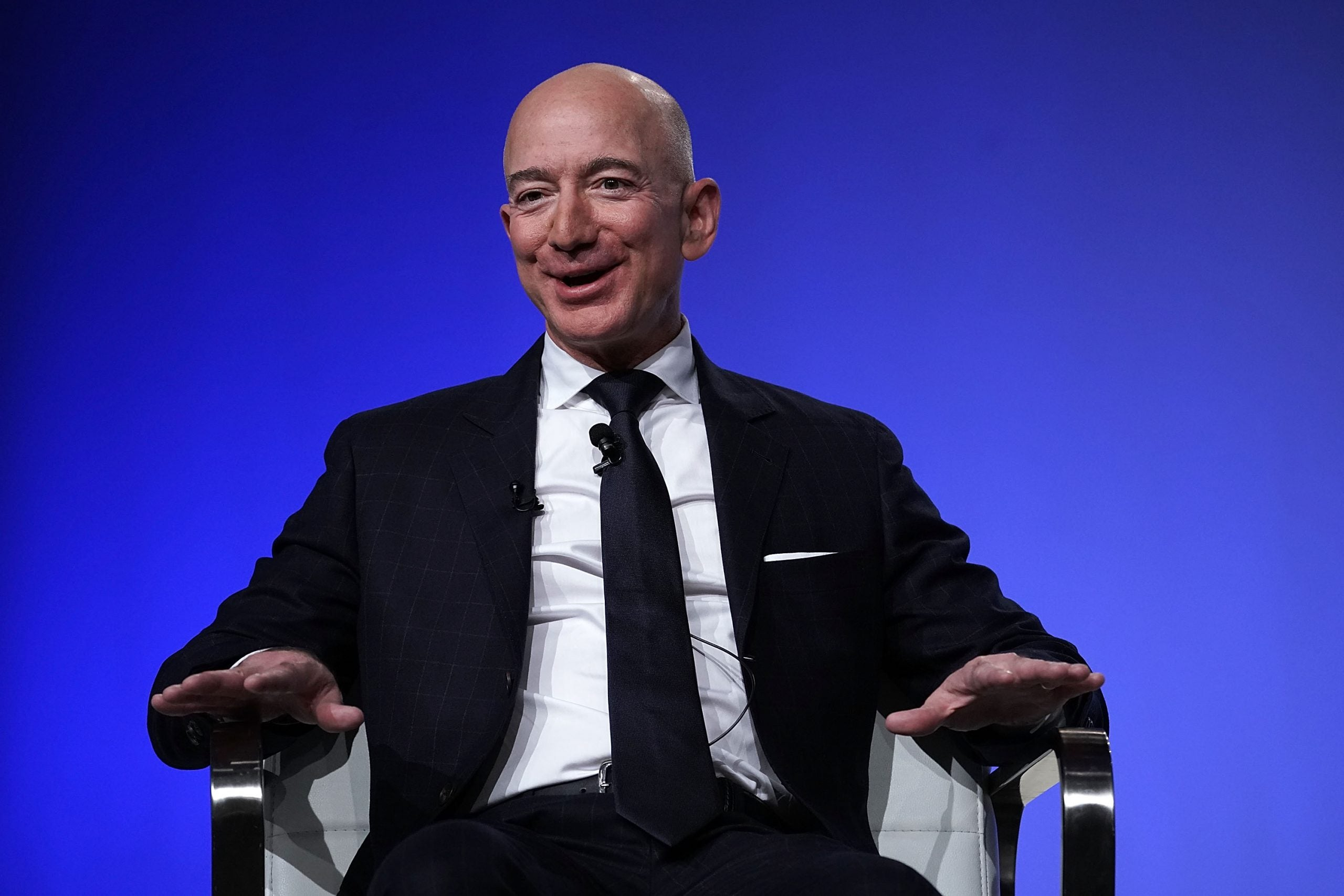 Inside the Brain of Jeff Bezos is a blandly positive portrait of one of the world's most powerful and divisive figures