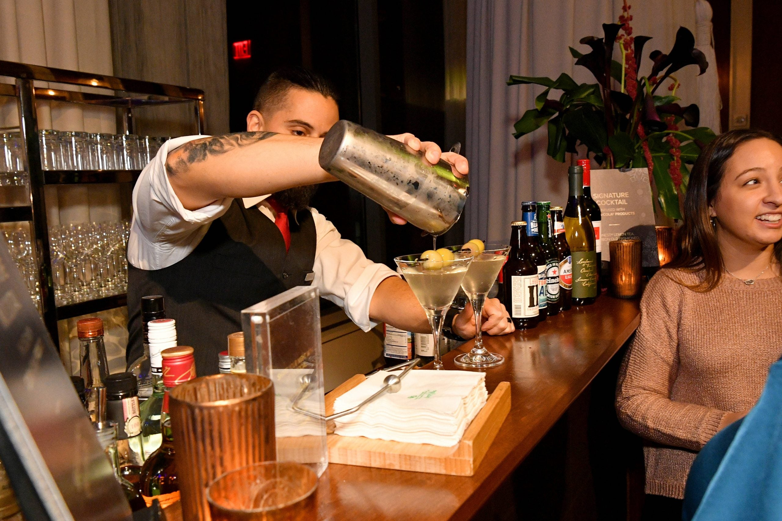 As Alexandria Ocasio-Cortez knows: to truly understand US politics, ask a bartender