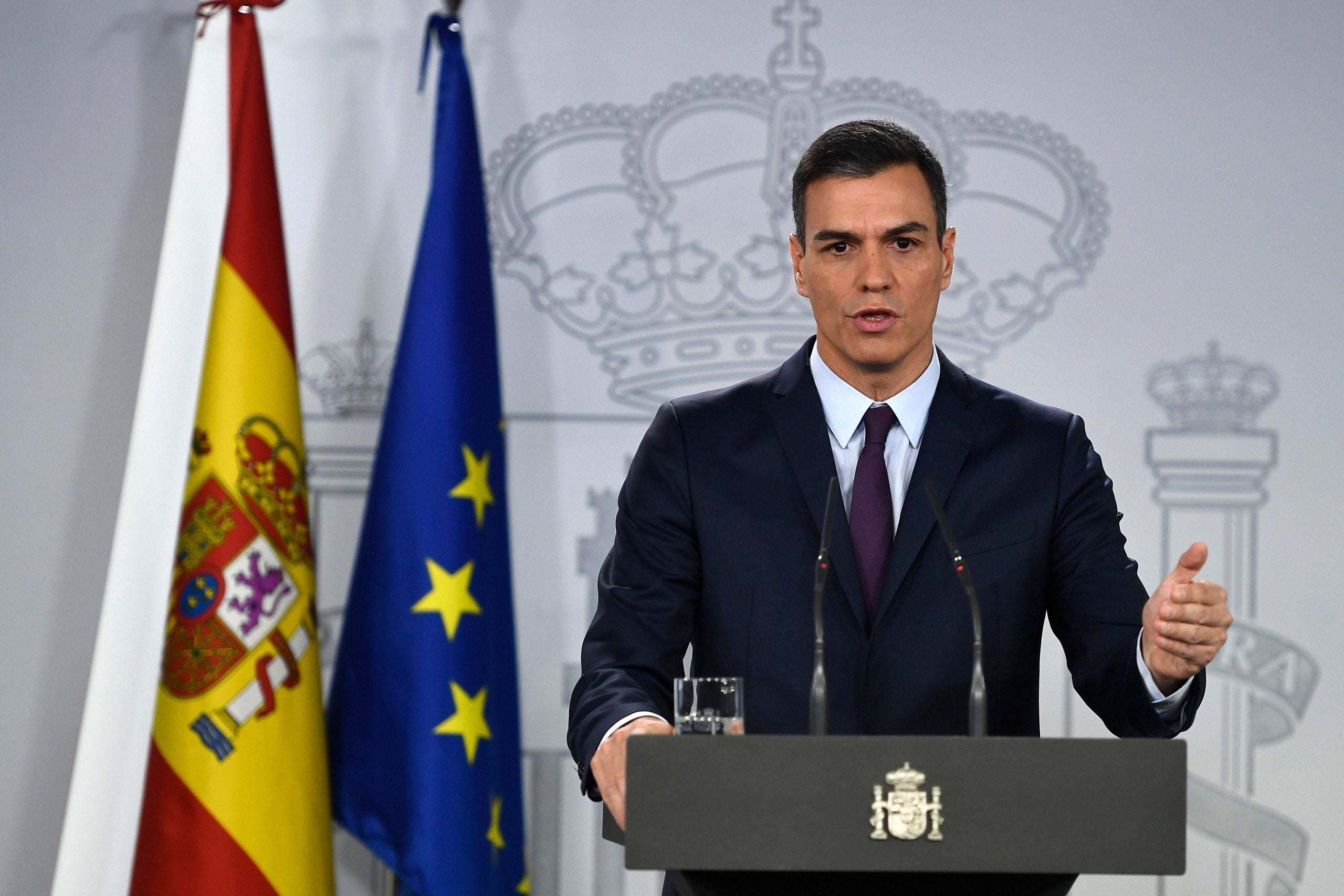 How the Spanish left is caught in no-man's land