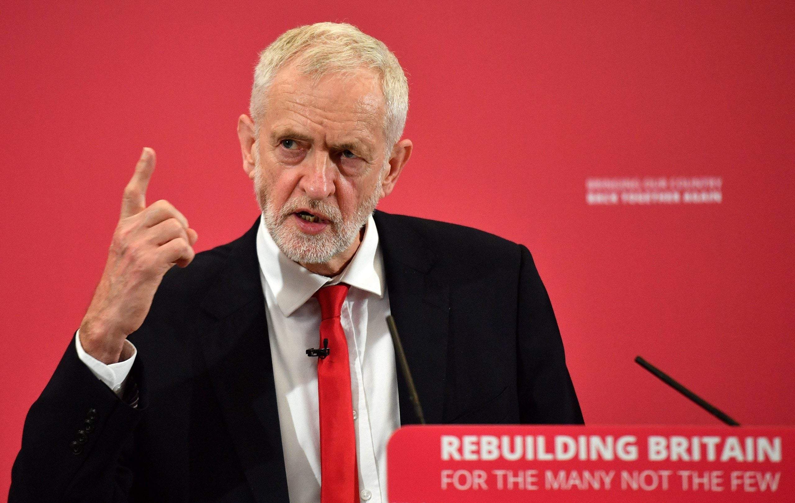 Labour can sink Boris Johnson and Brexit by vowing to Remain, reform and revolt