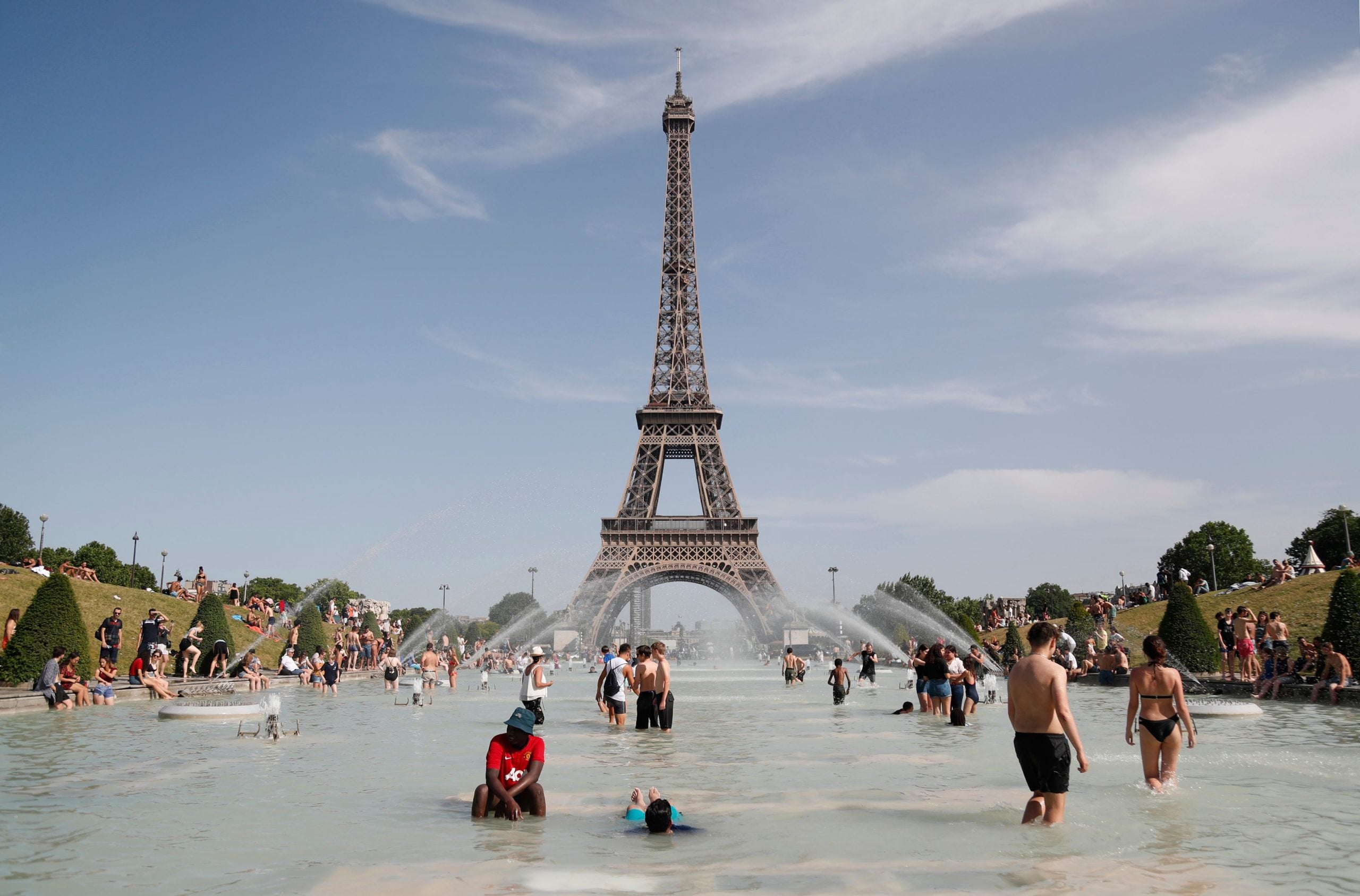 Paris at 41C: a postcard from the future