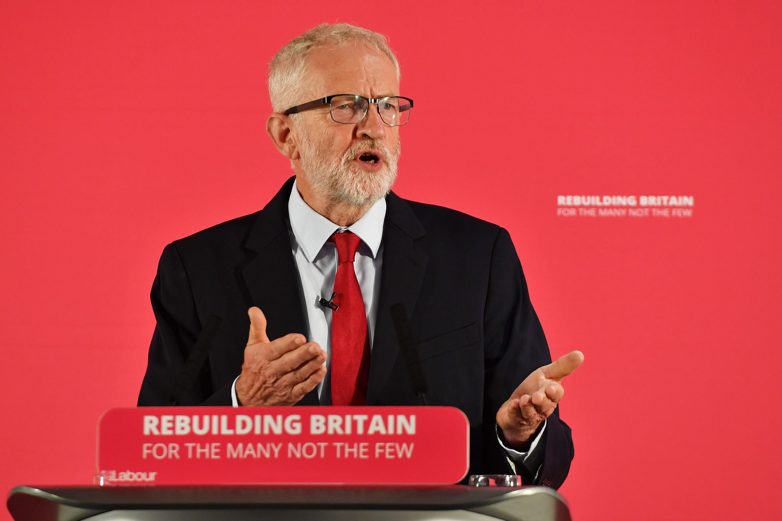Jeremy Corbyn should not be forced to choose a side on Brexit — the people must decide