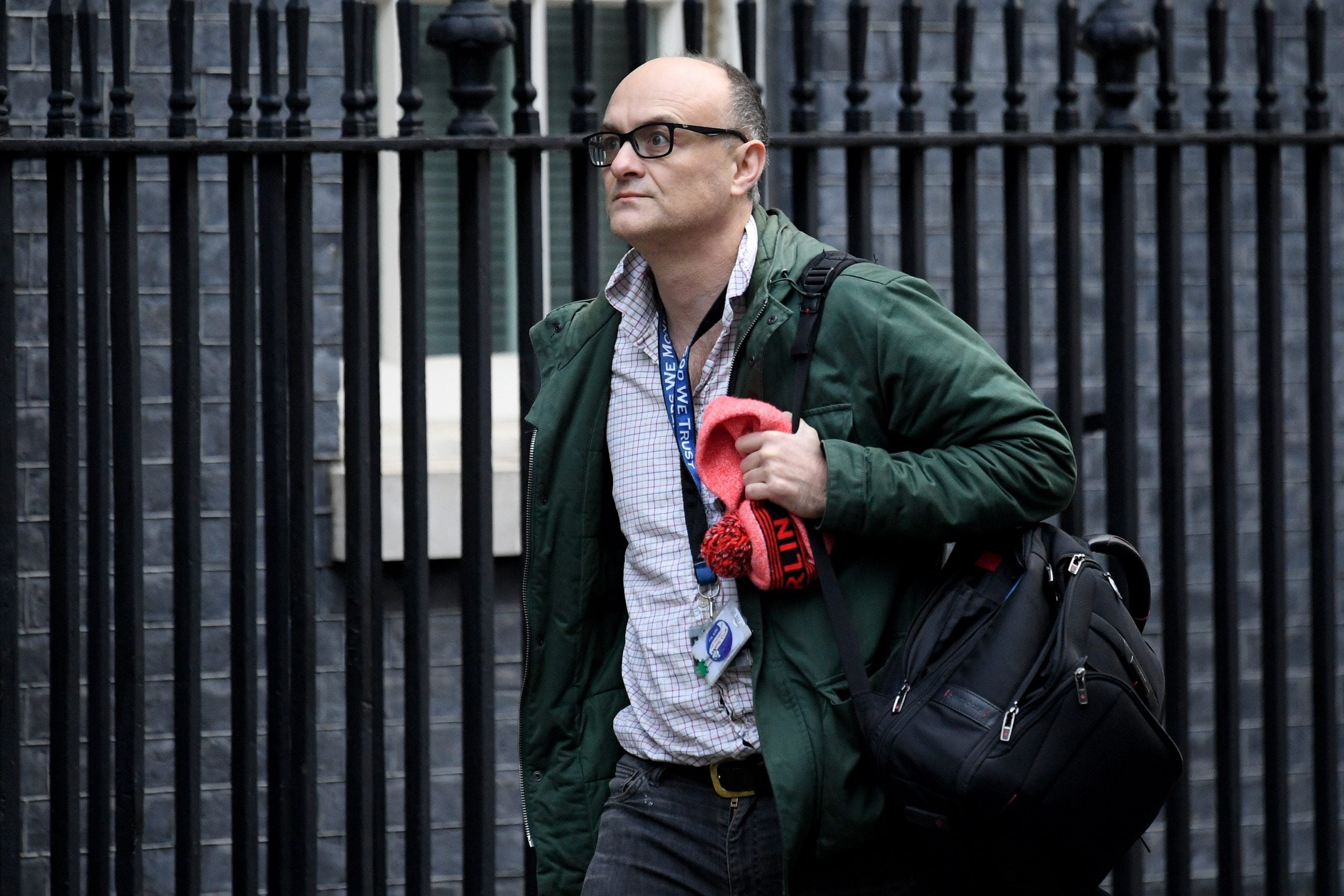 Why is No 10 so sure Dominic Cummings is the source of the leaks?