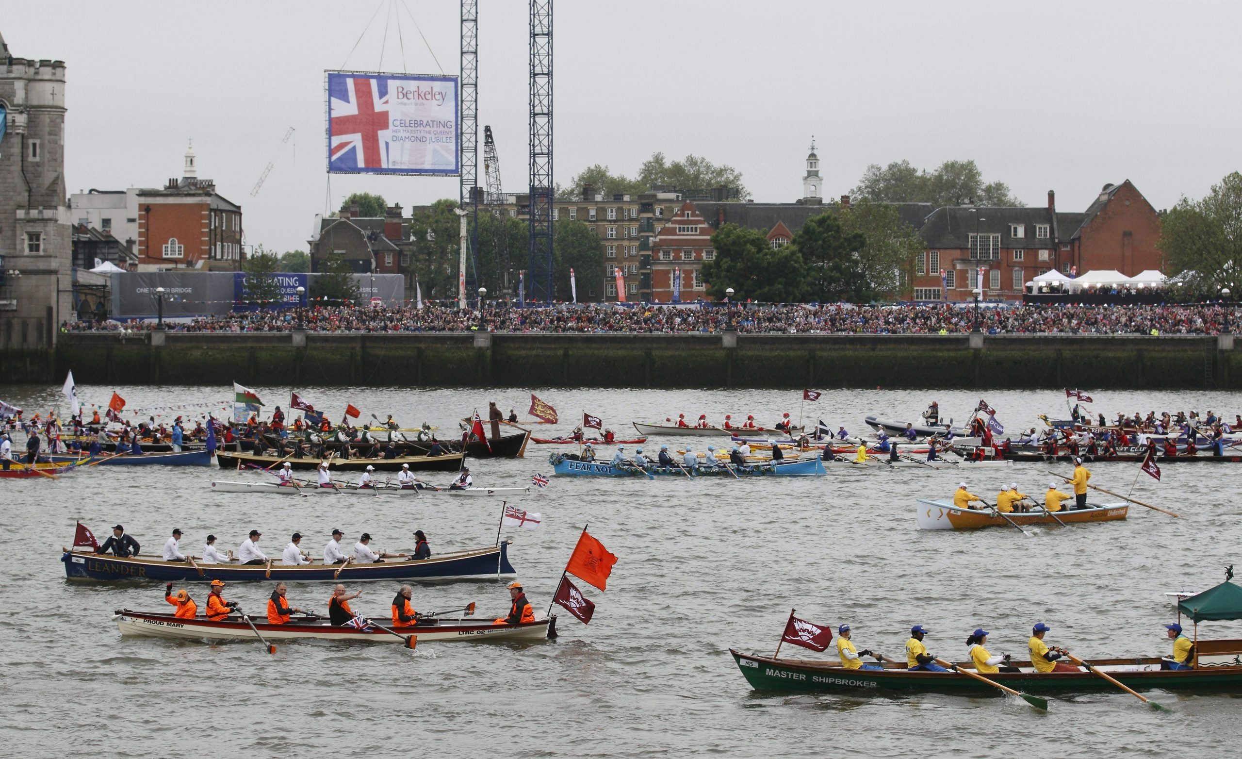 The naval battle for Brexit: Remain and Leave campaign boats have been warring on the Thames