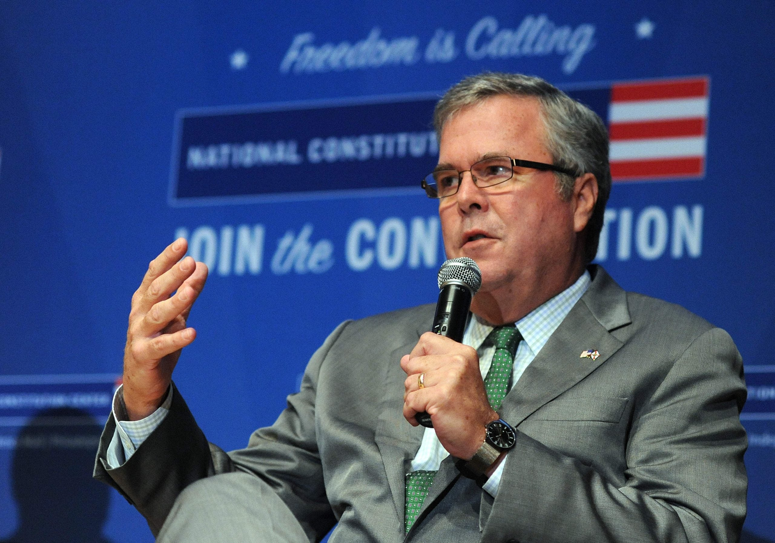 Bush vs Clinton 2: How two political dynasties captured the American people