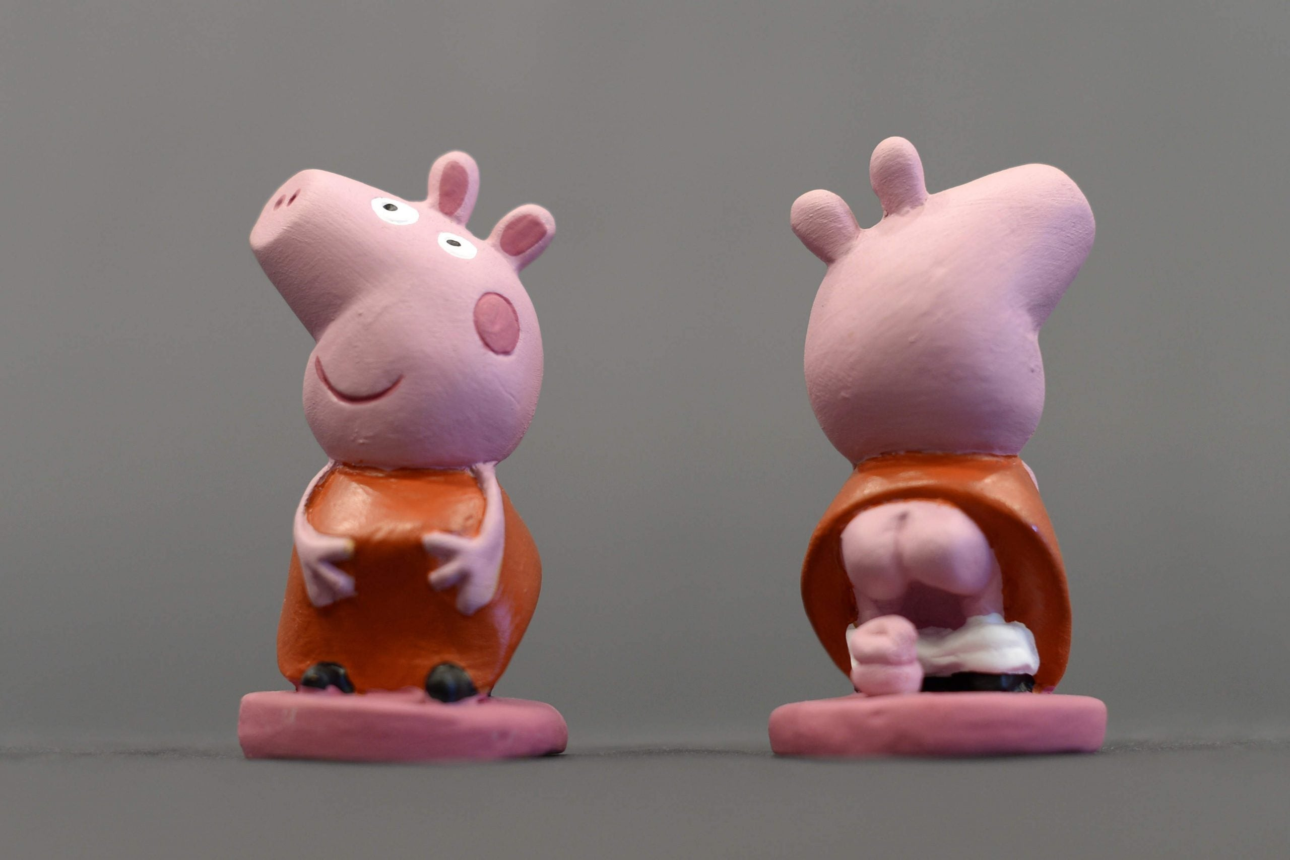 """Inside the world of fake Peppa Pigs: """"I don't believe daddy pig would do that"""""""