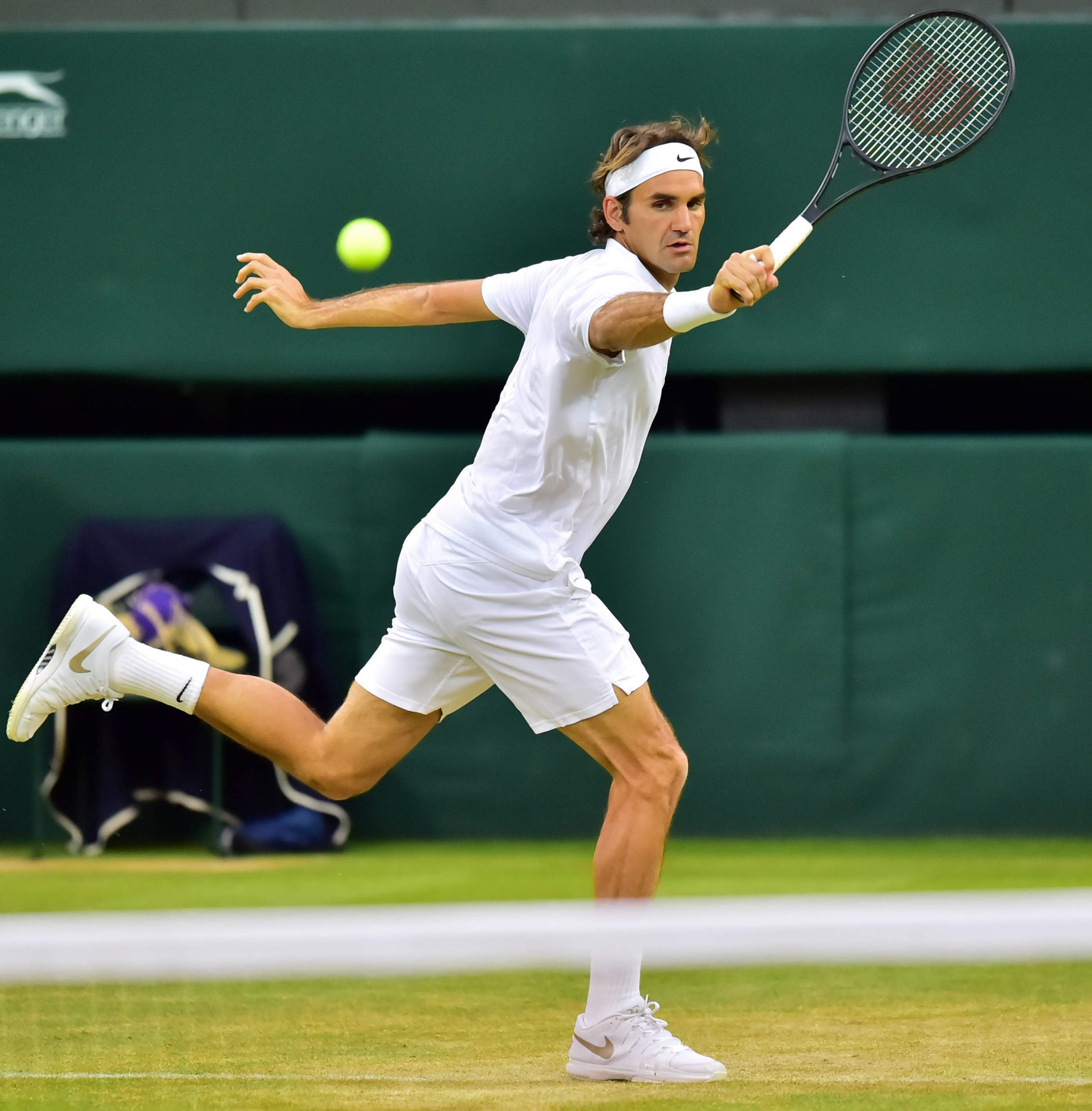 How Roger Federer made tennis beautiful again