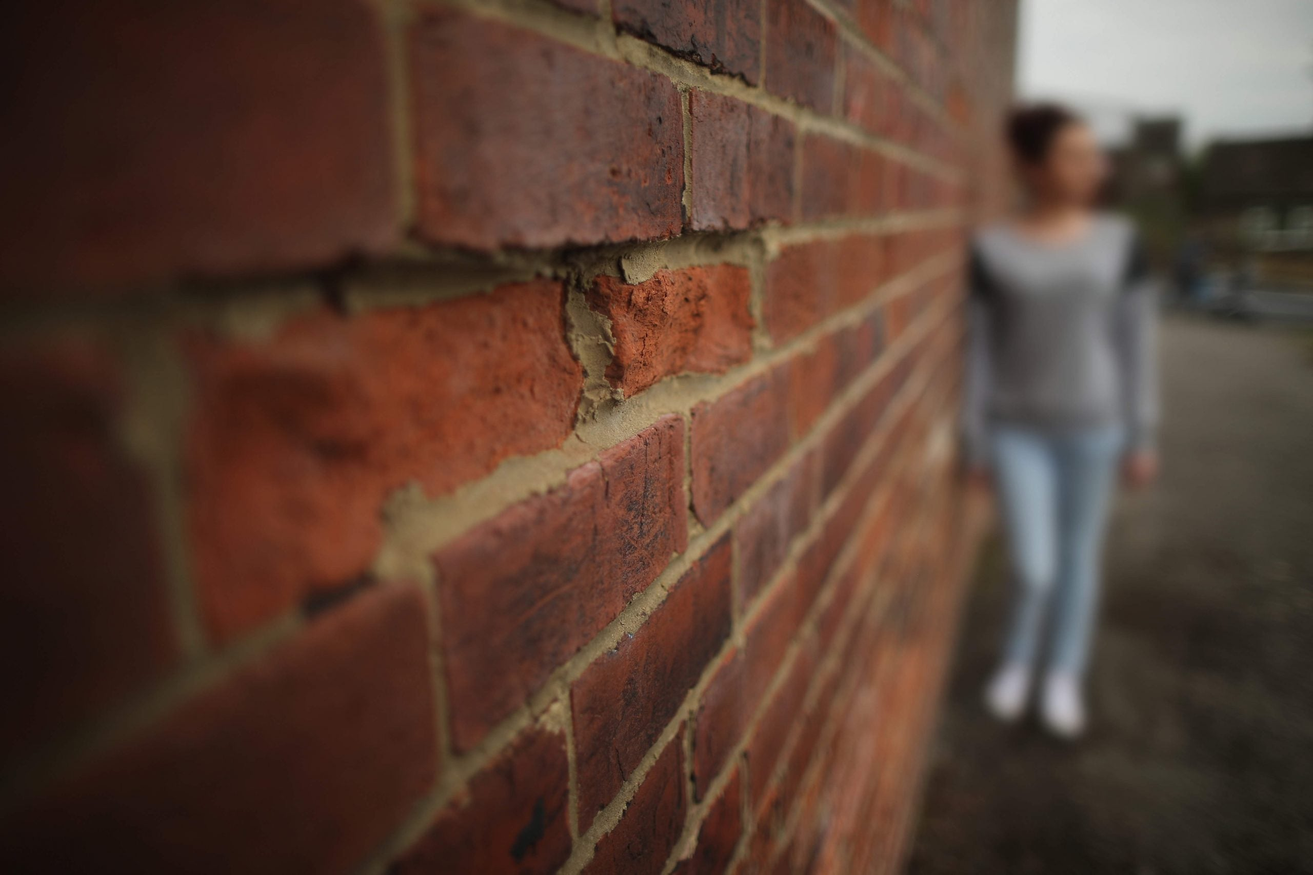 Women with autism: do they really suffer less than men?