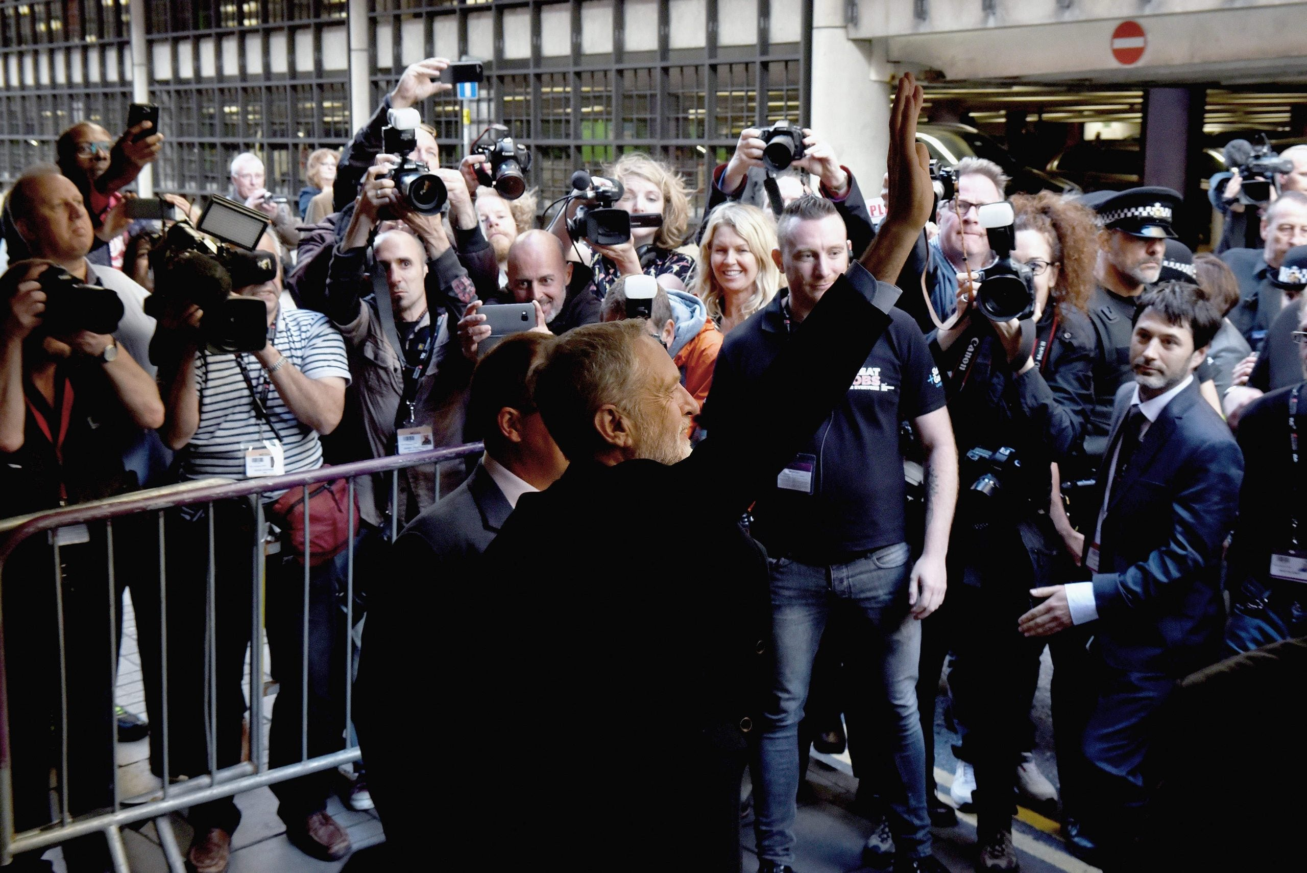 Jeremy Corbyn faces a viciously hostile press – but shutting out the media won't help