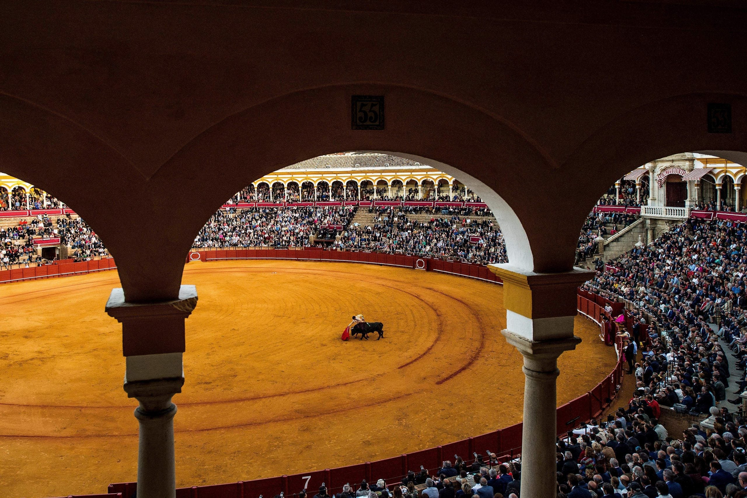As the bullfighting season begins in Seville, horse-drawn carts play Europa FM