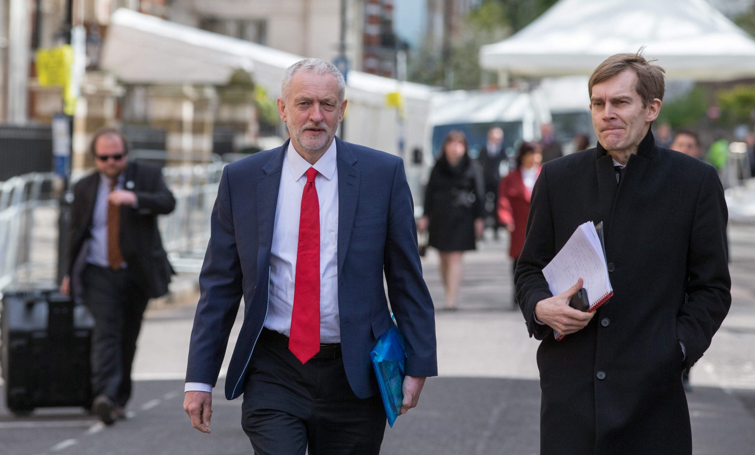 Jeremy Corbyn appoints Shami Chakrabarti to lead inquiry into Labour and antisemitism