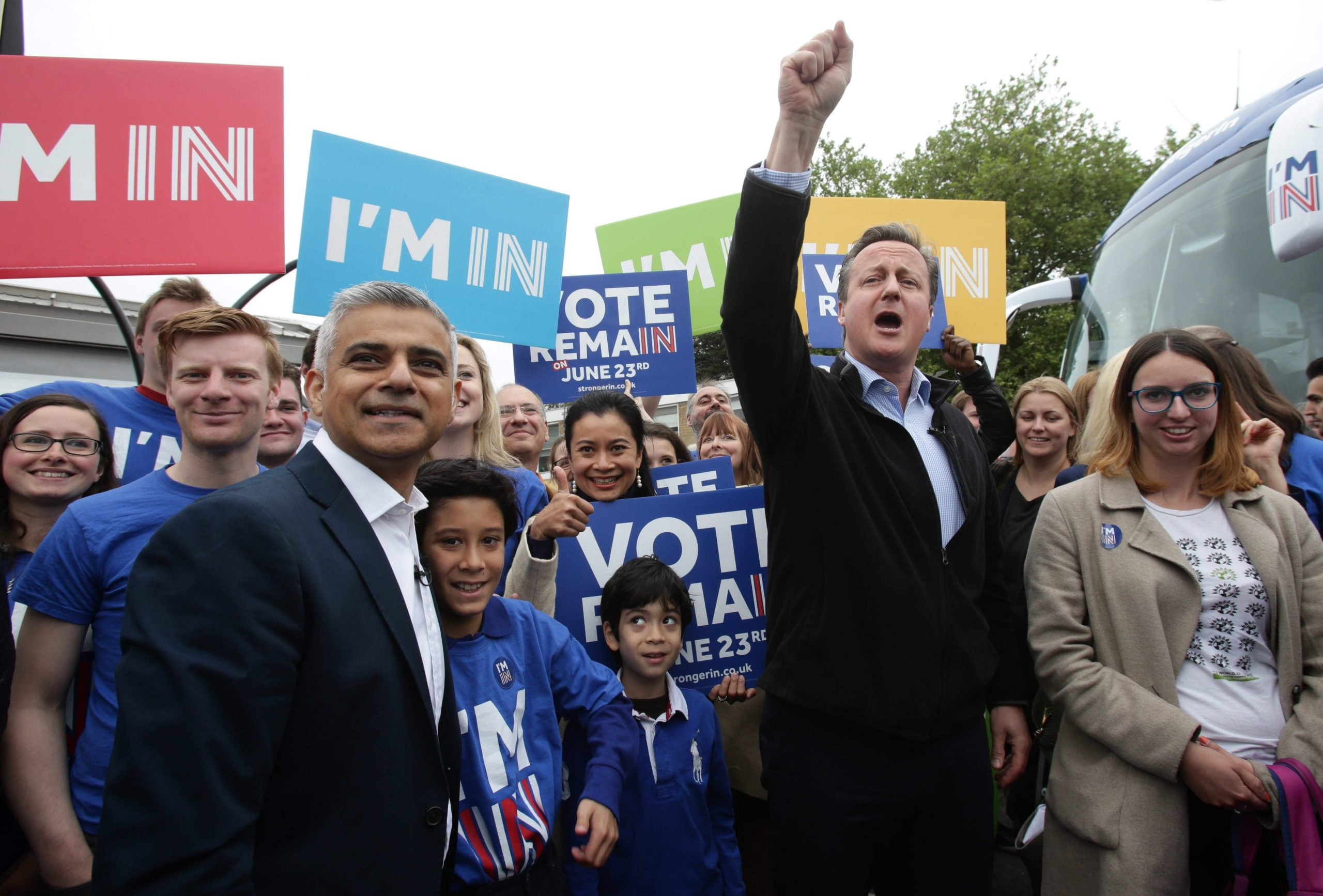 """David Cameron calls Sadiq Khan a """"proud Muslim"""" – after trying to link him to Islamic extremism"""