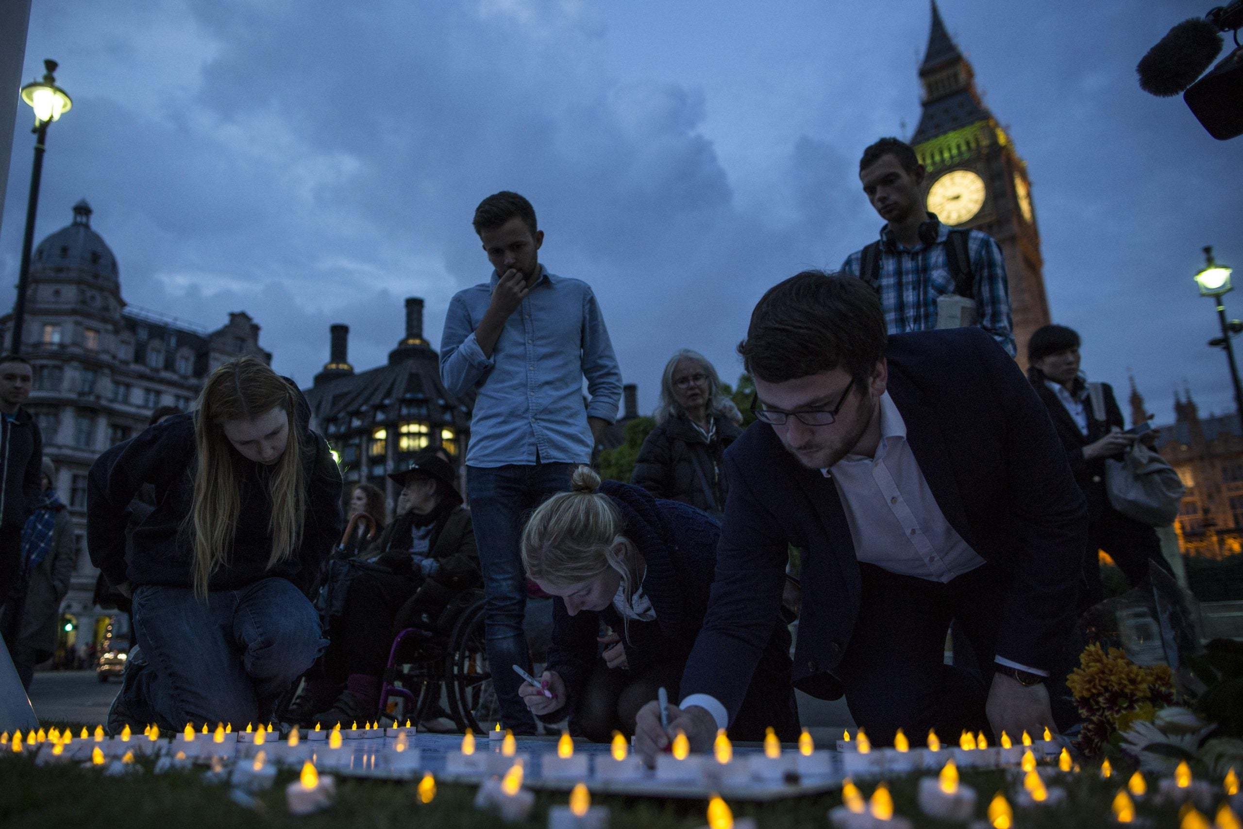 """""""It is her laughter I will remember the most"""": Yvette Cooper pays tribute to Jo Cox"""