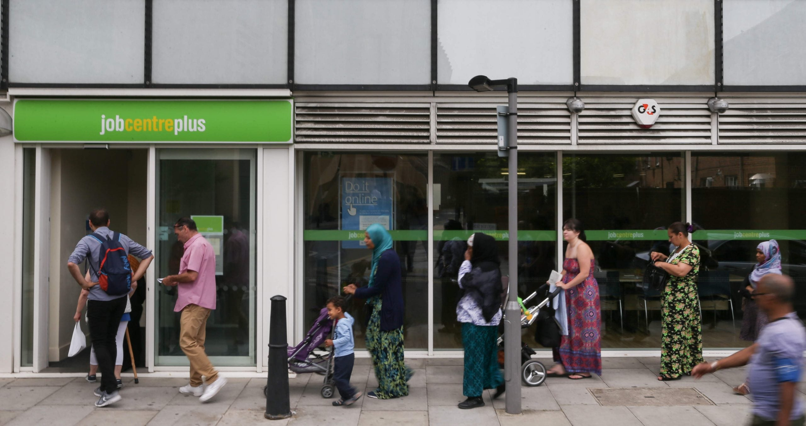 Why are people reliant on welfare support in favour of curbing benefits?