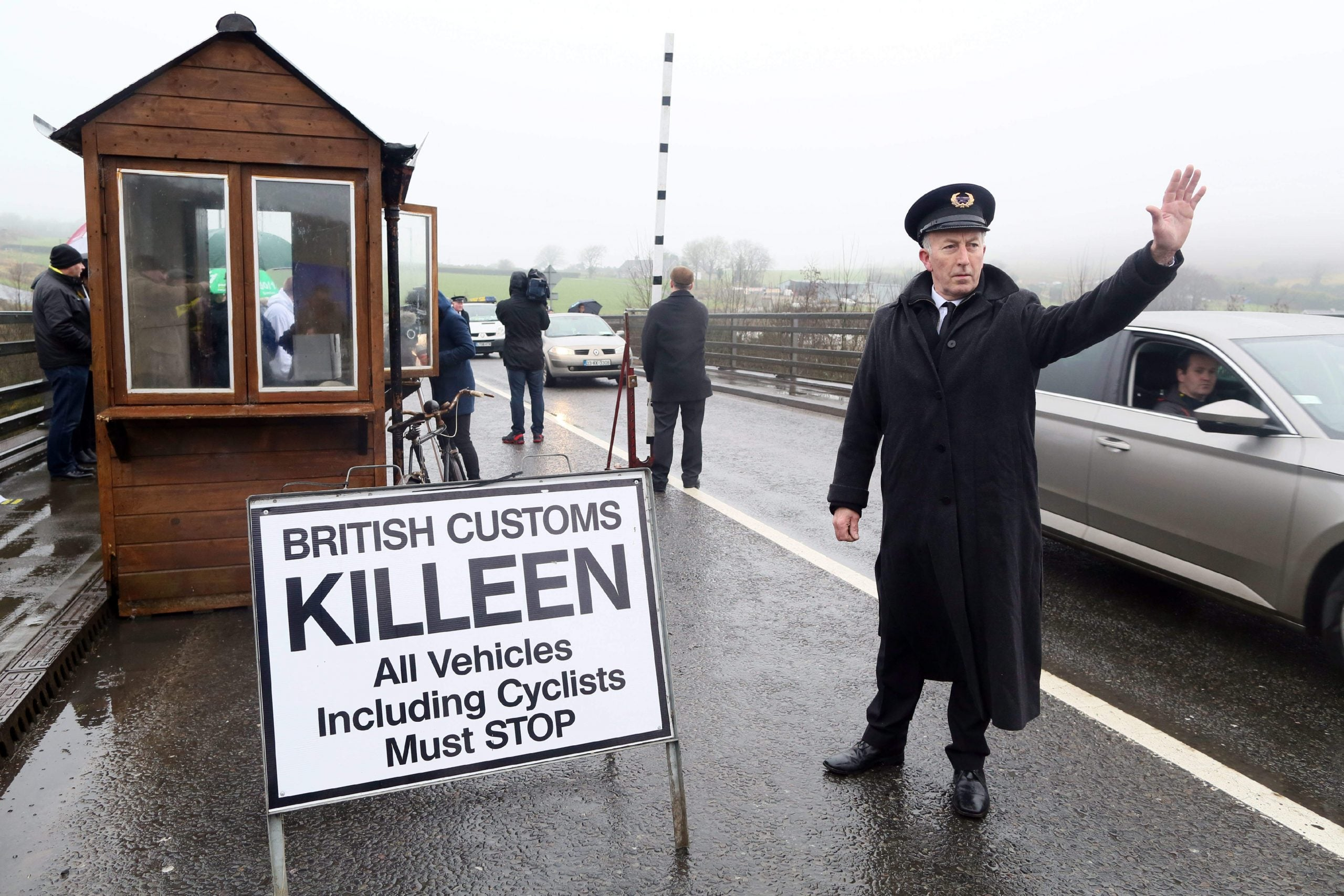 The government is abdicating responsibility for the Irish border after Brexit