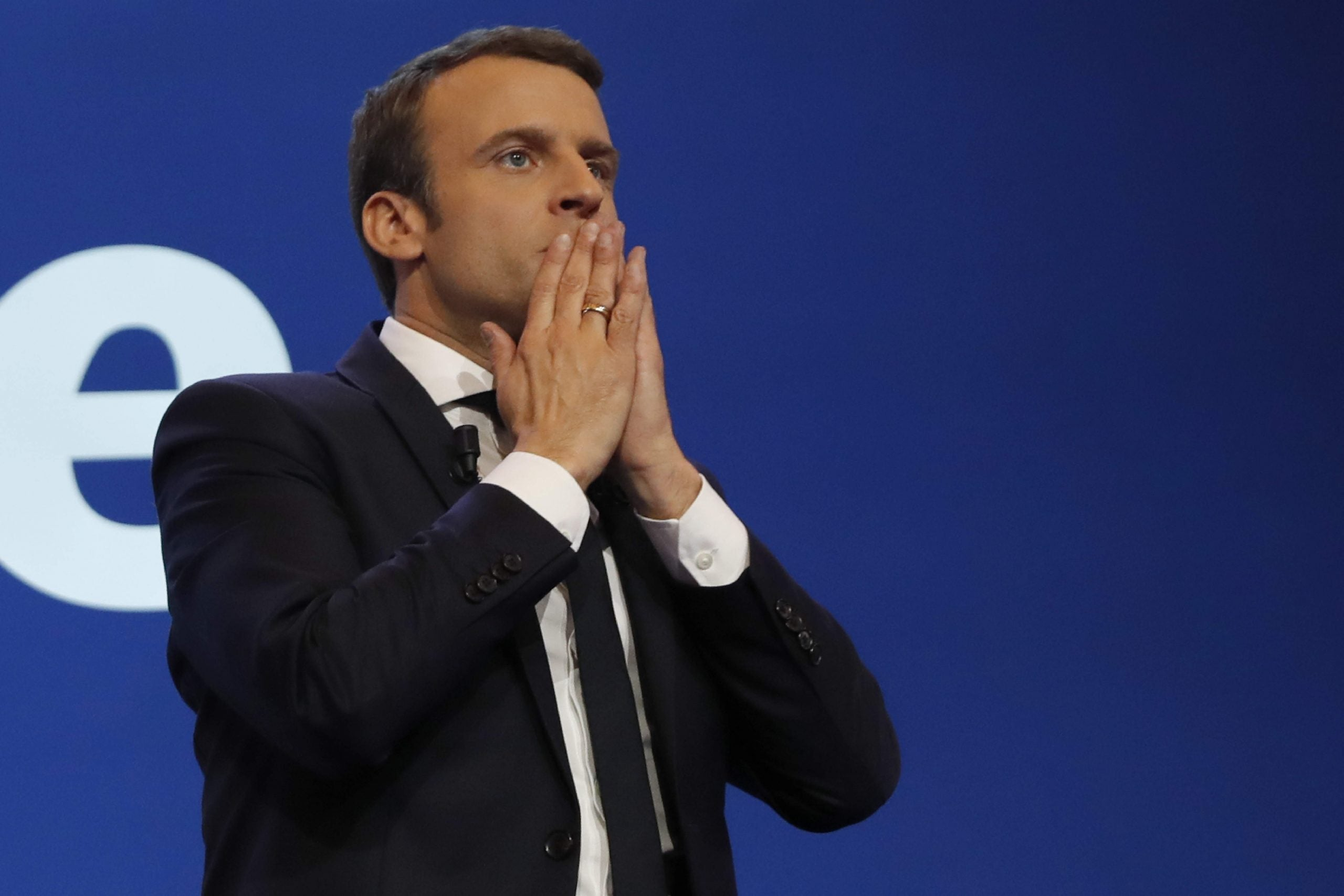 The failed French presidential candidates who refuse to endorse Emmanuel Macron