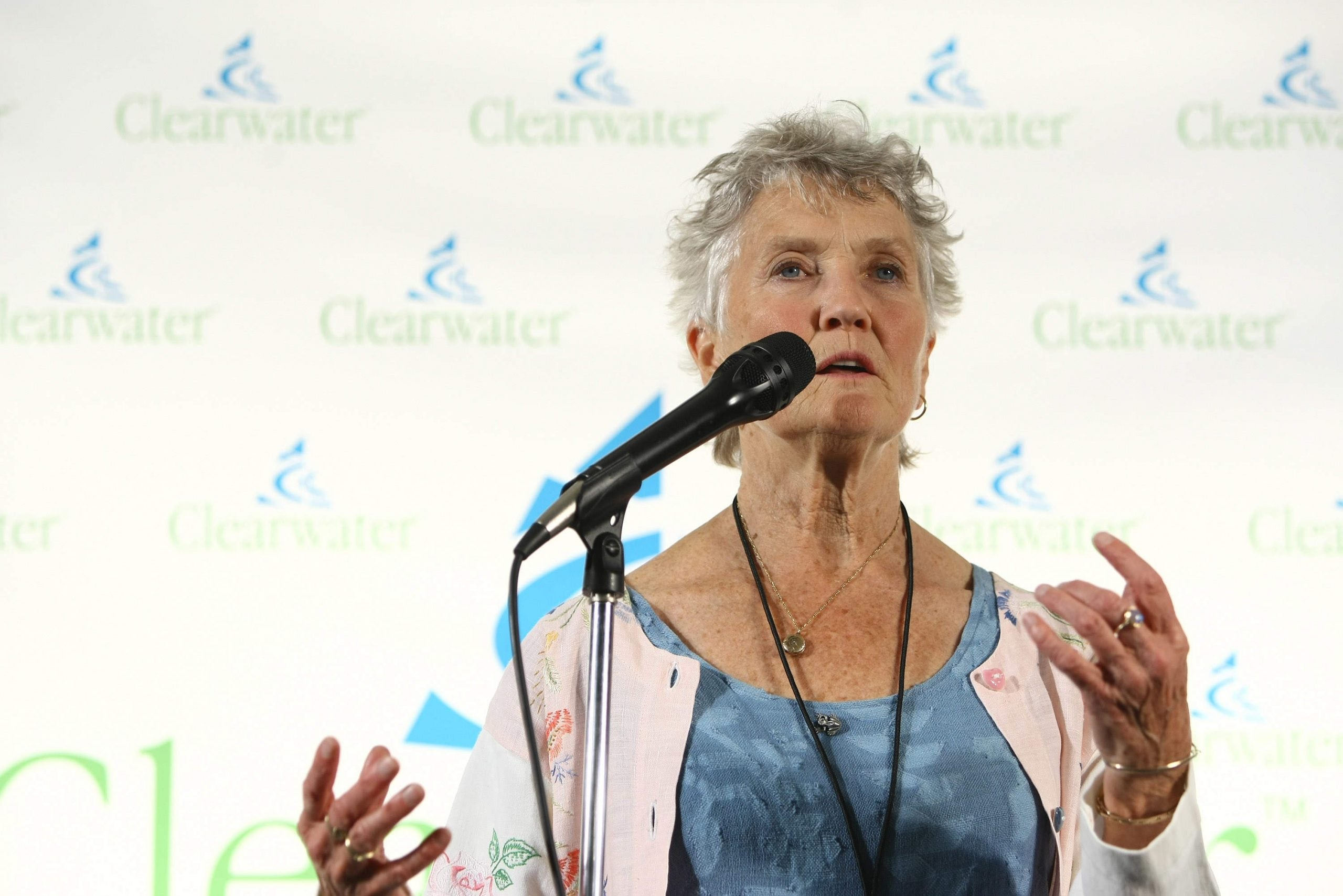 A Yankee road trip through the British countryside with Peggy Seeger