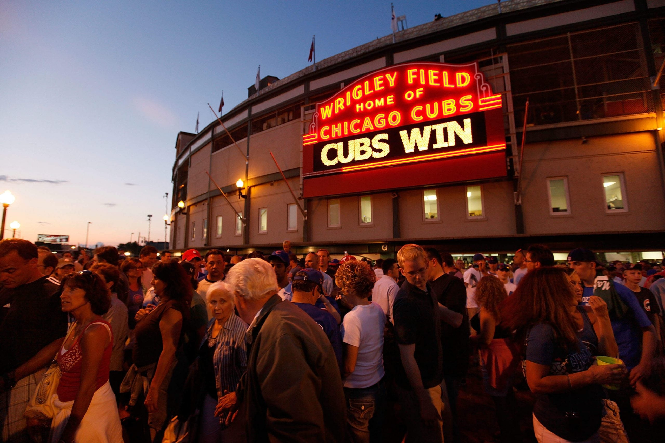What's the secret of the world's best-paid sports manager? Ask the Chicago Cubs