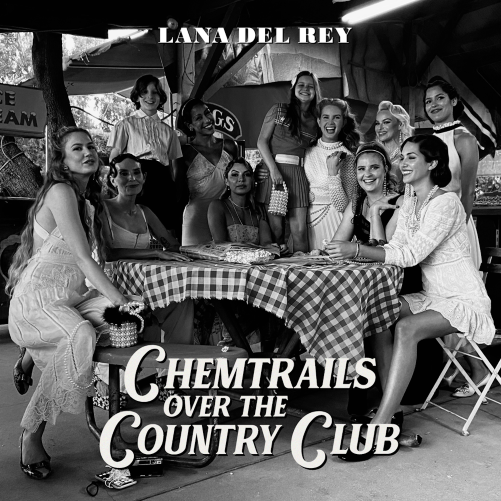 On Chemtrails Over the Country Club, Lana Del Rey moves the focus away from men