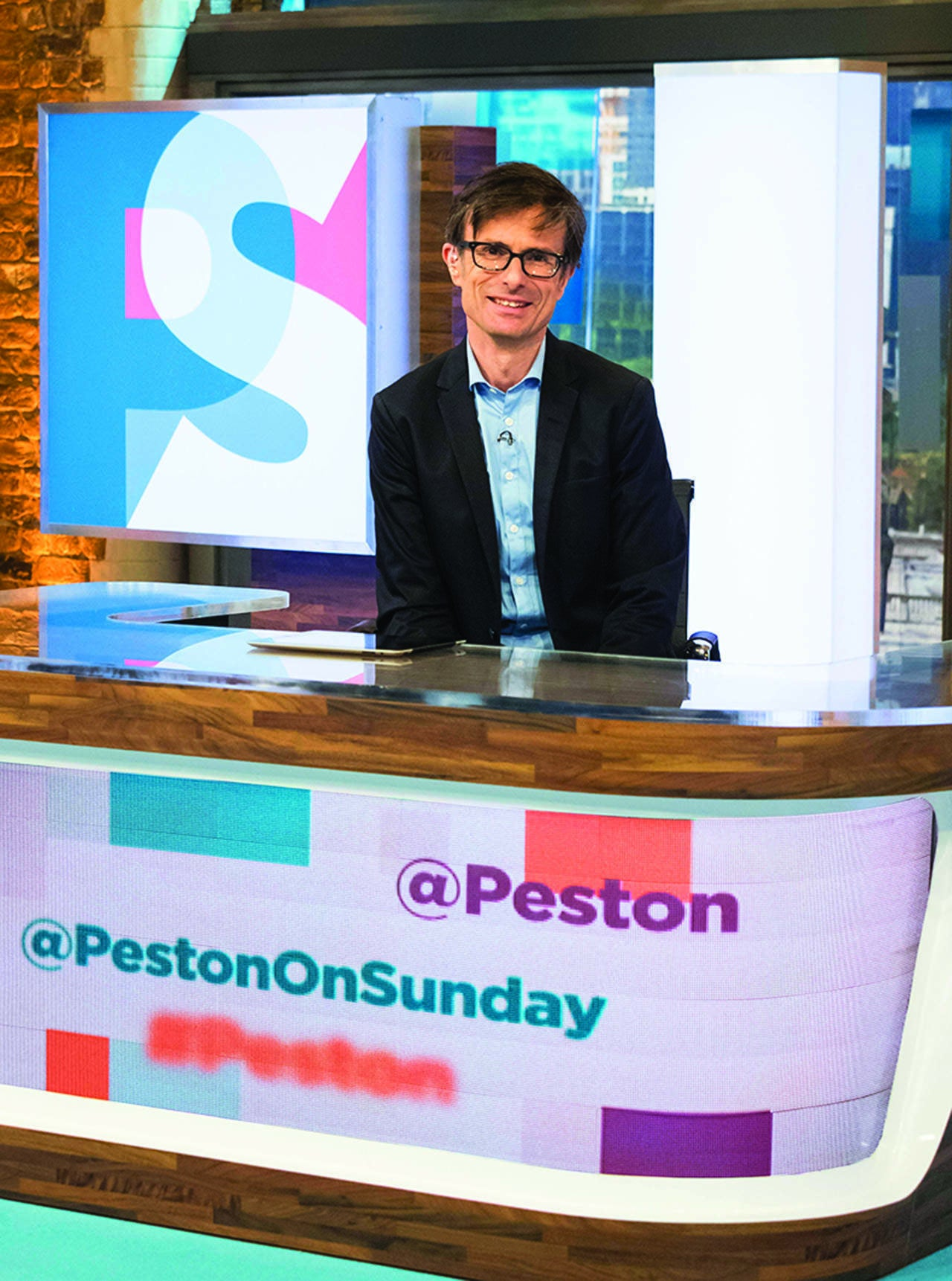 Peston on Sunday seems to respect politicians more than other species of human