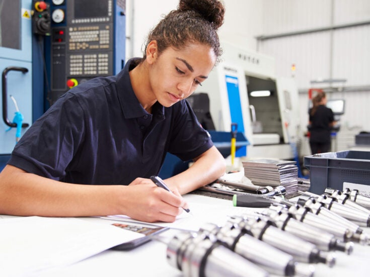 Introducing an engineering course without A-Level maths