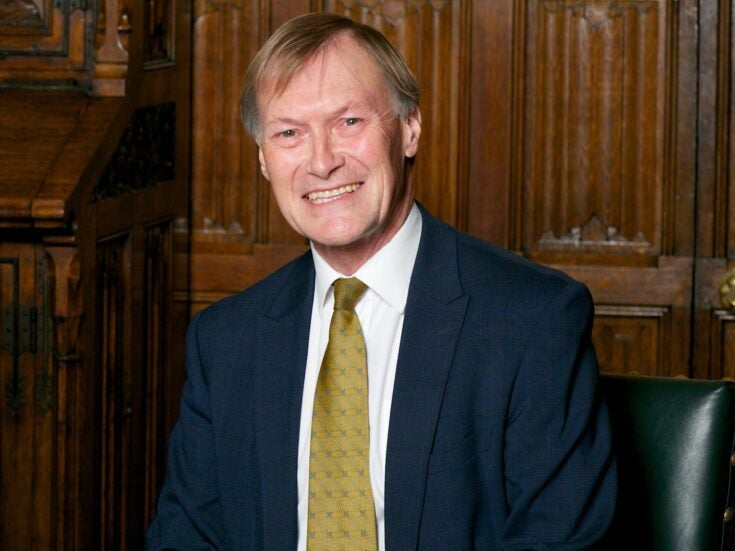 Photo of David Amess's death and the threats to all MPs show we must change the way we do politics