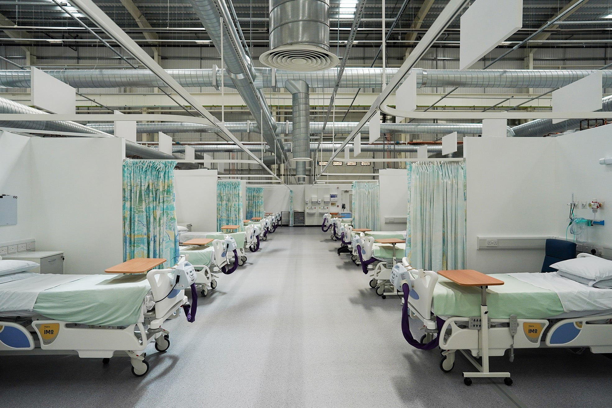 How the number of NHS beds in England has halved